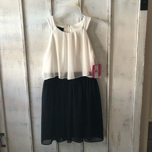 Girls size 10 dress with tags!